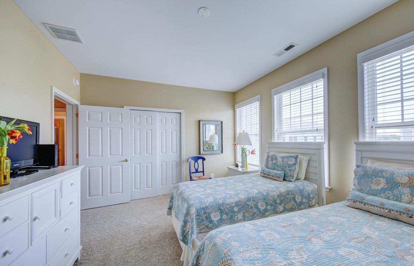 Bayside 204B - Bedroom 3