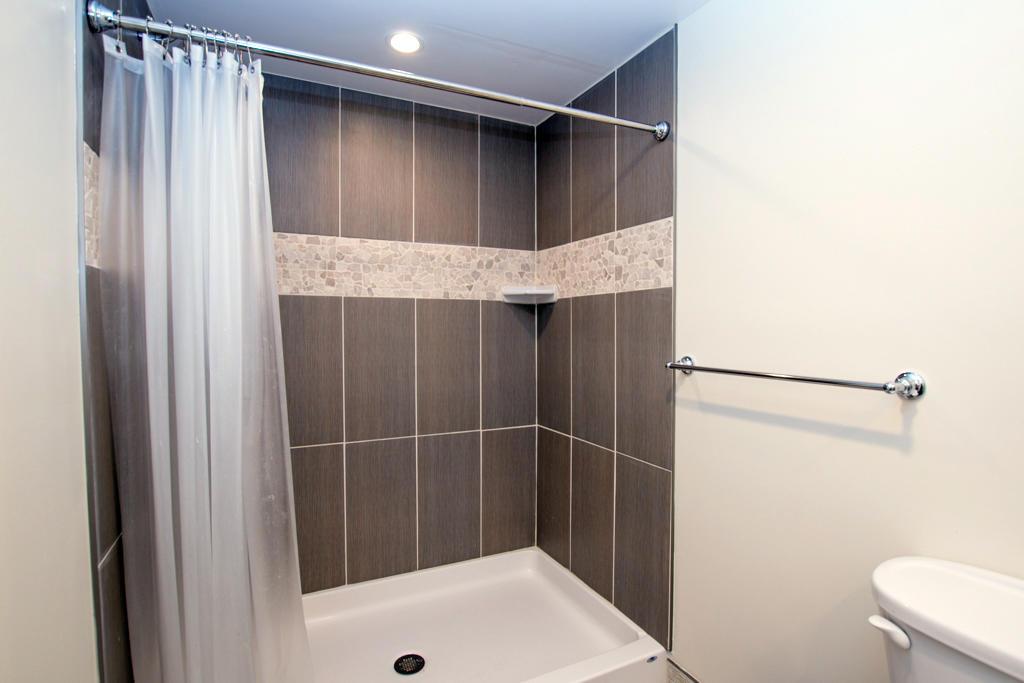 Osprey, 2 - Master Bathroom