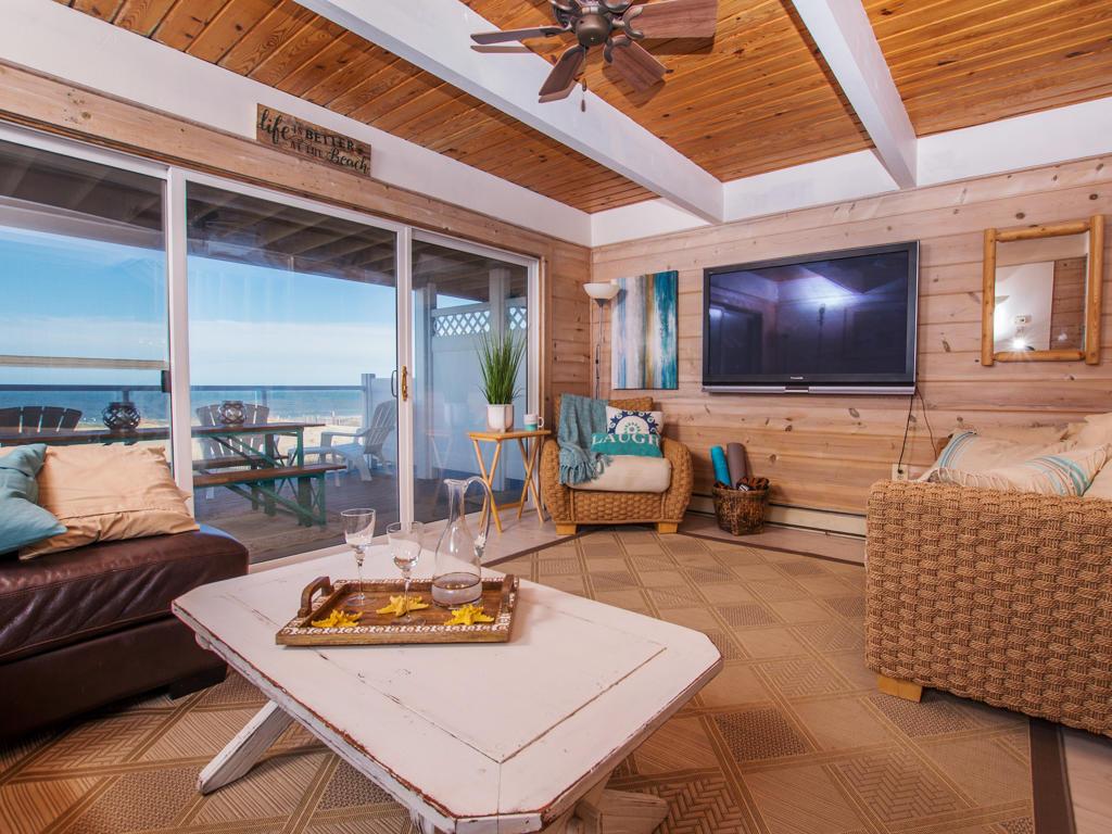 Osprey, 2 - Living Room