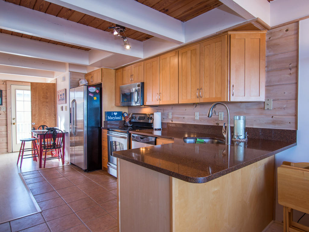 Osprey, 2 - Kitchen Area