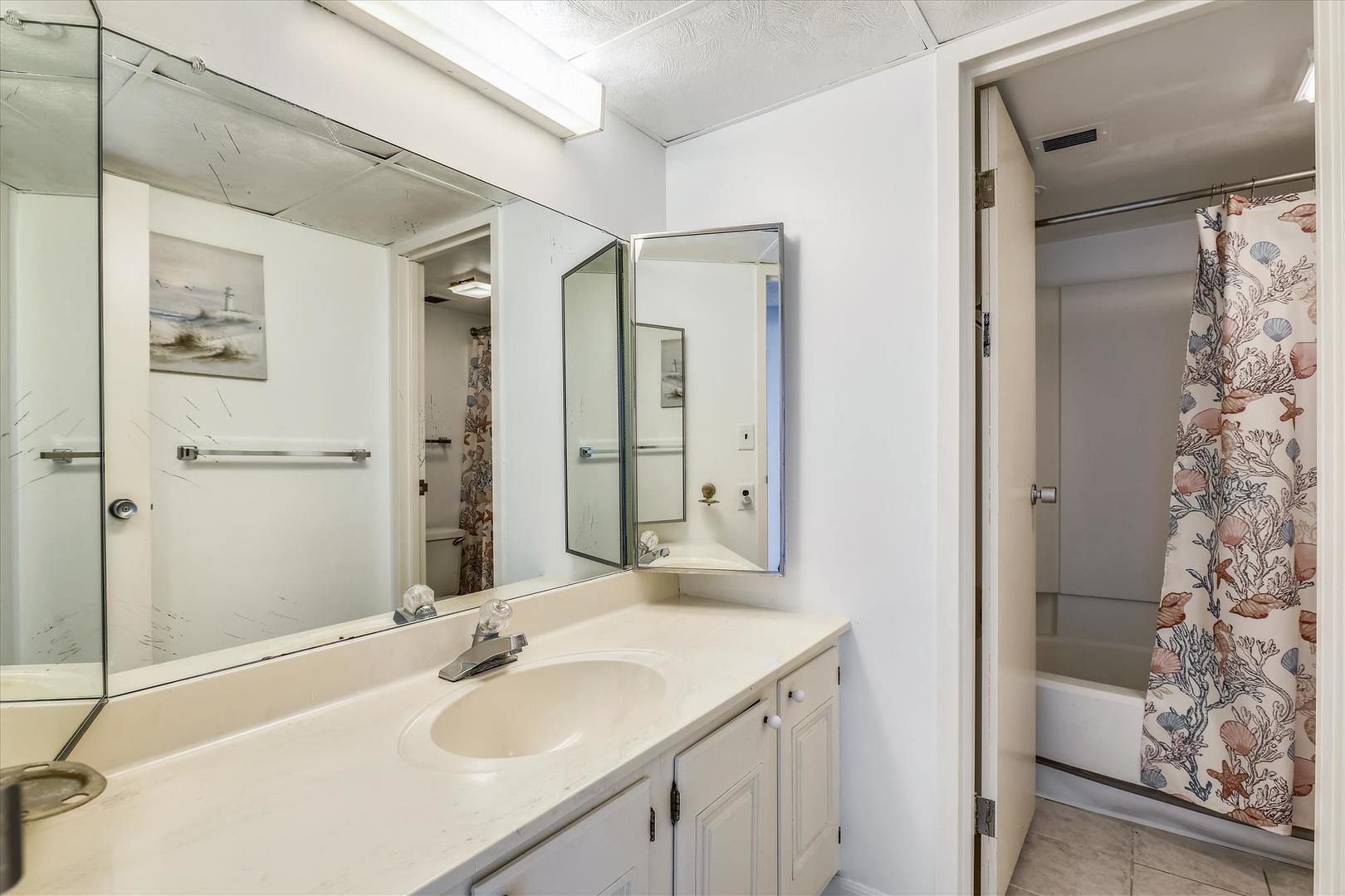 Century I 2502 - Lower Level Bathroom