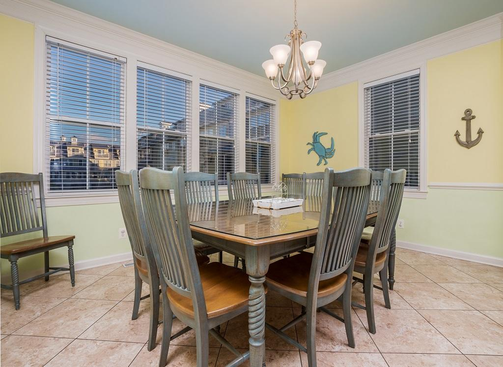 Sunset Island, 14 Shore Point Drive - Dining Area