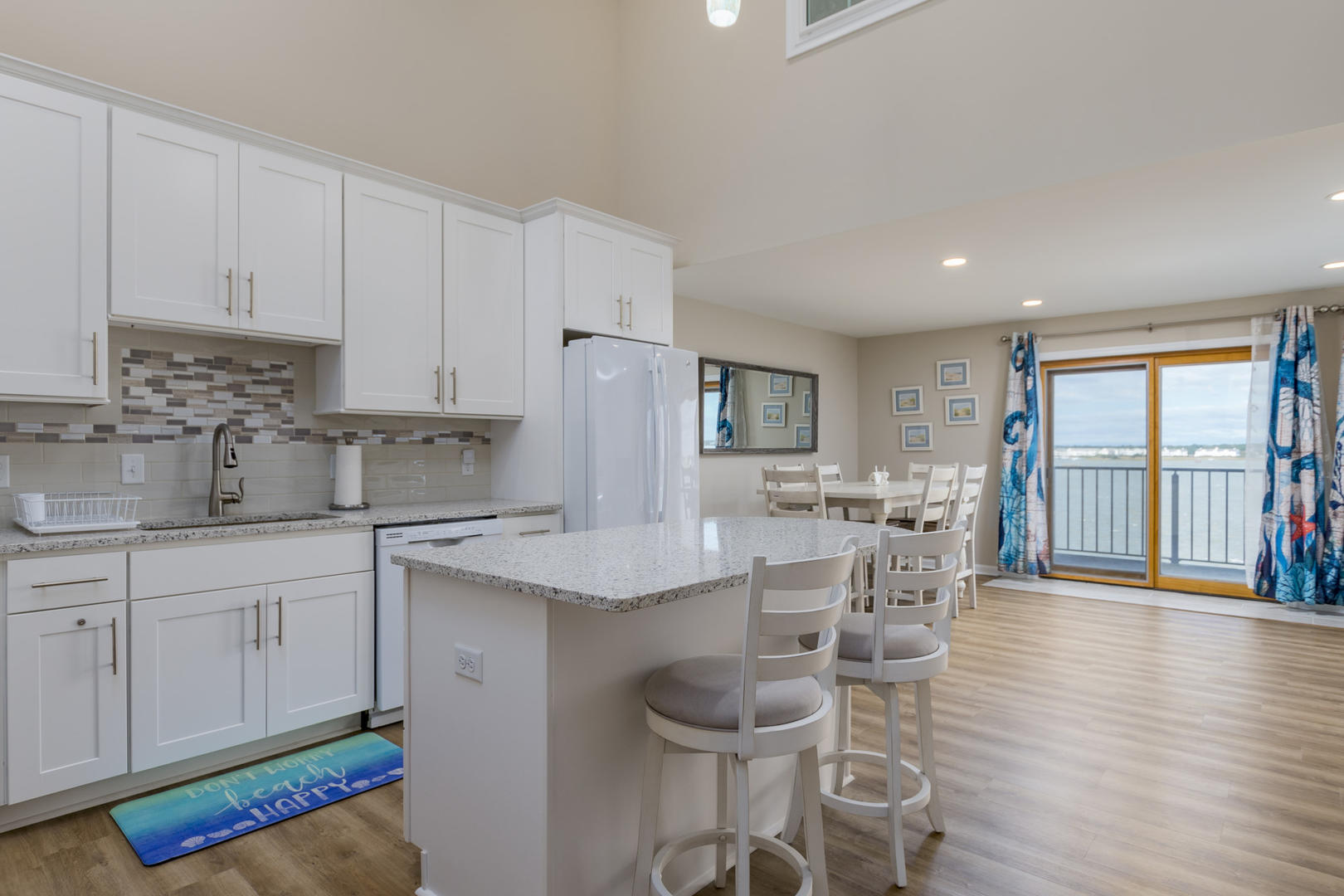 Crab Cove on the Bay 404 - Kitchen