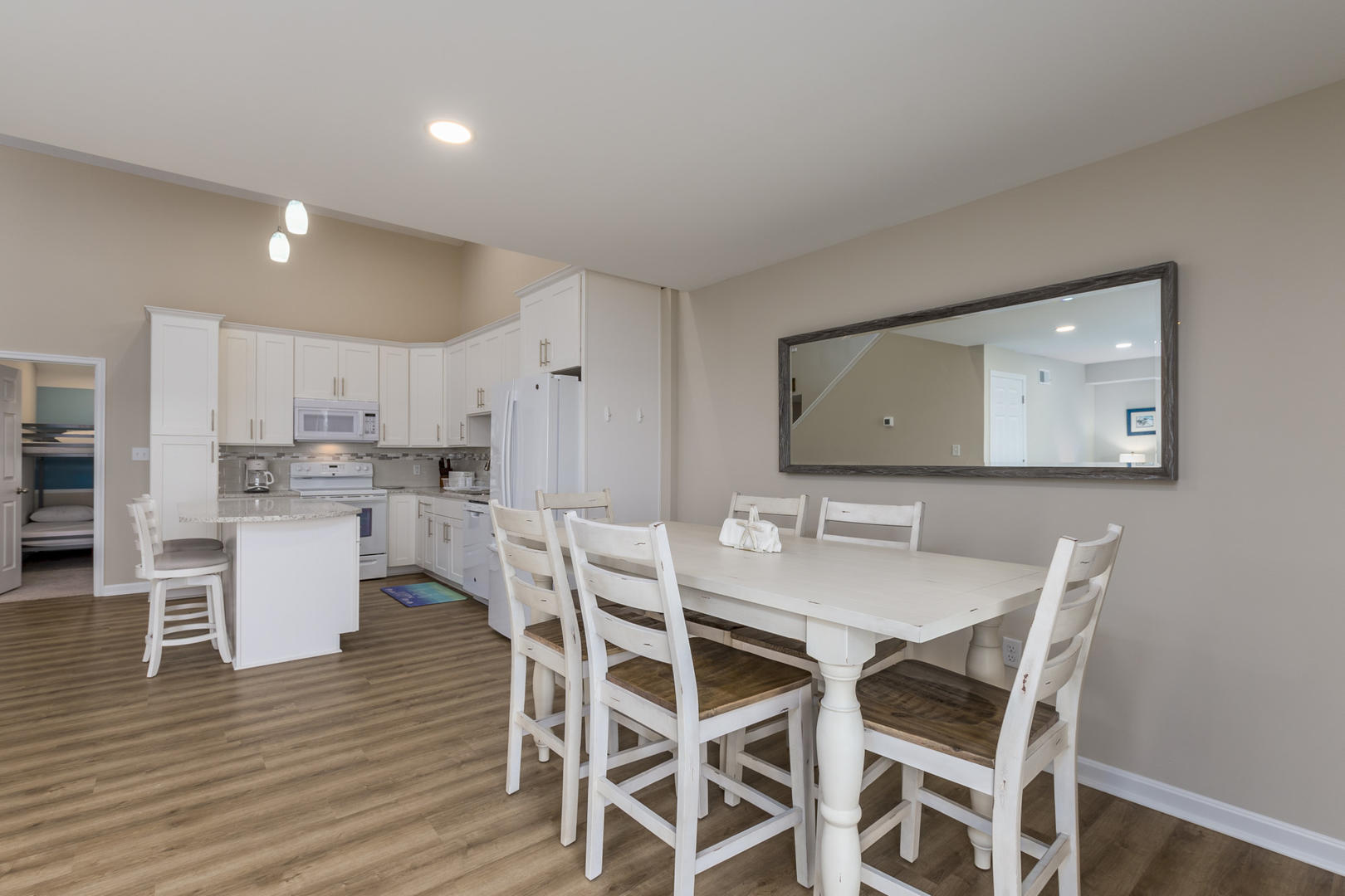 Crab Cove on the Bay 404 - Dining Area
