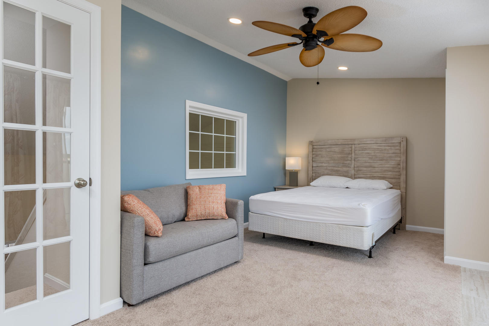 Crab Cove on the Bay 404 - Bedroom with Queen and Twin Sleep Sofa