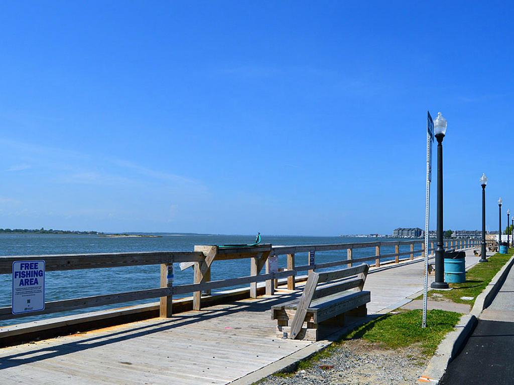 Bayfront Fishing Area