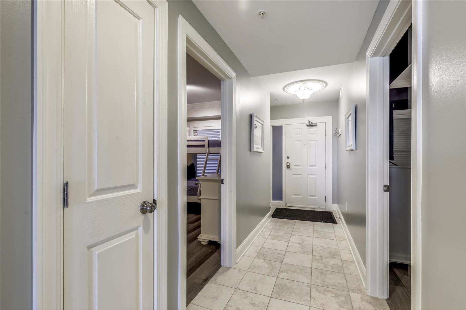 Belmont Towers 805 - Hallway