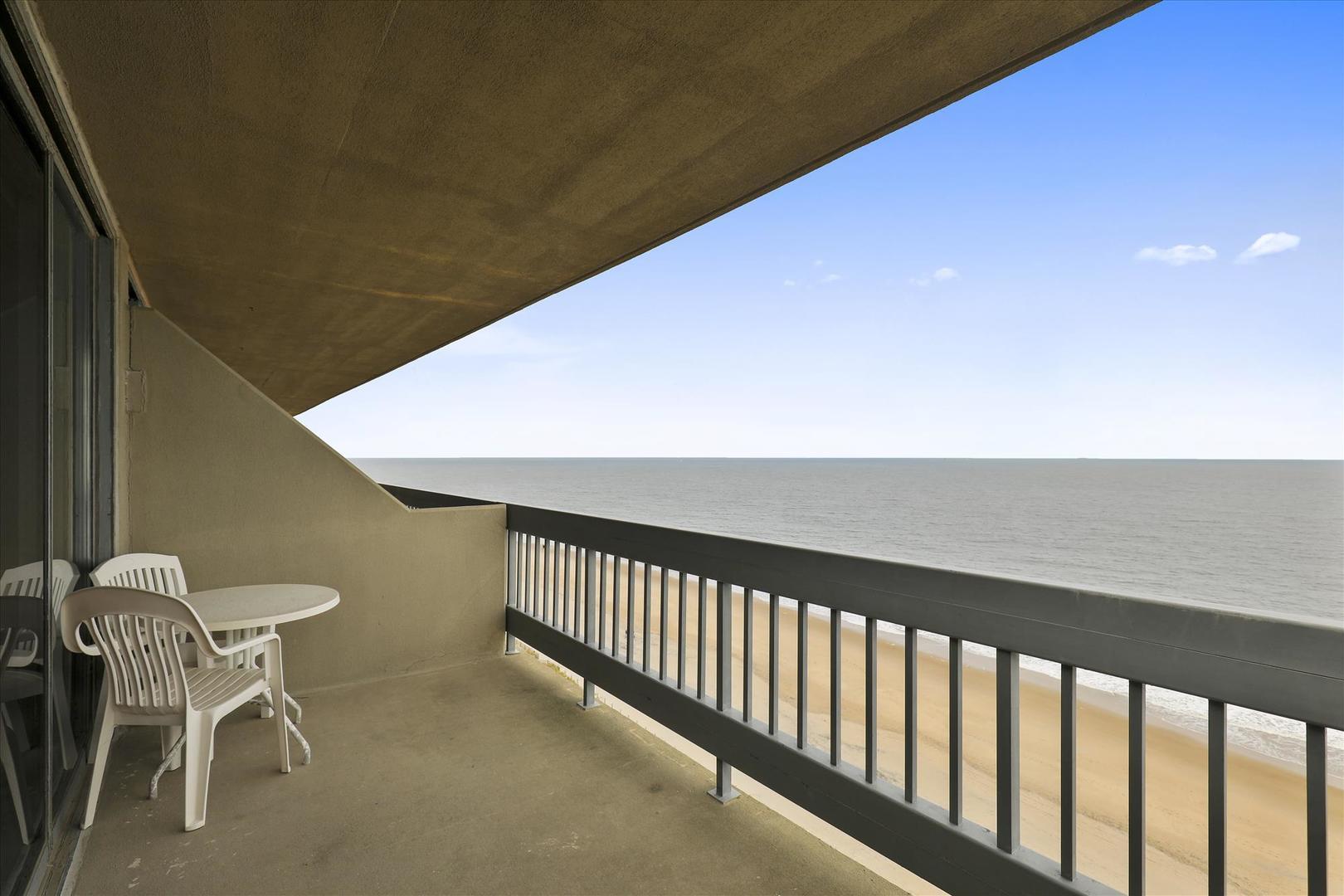 Century I 1401 - Oceanfront Balcony off of Living Room