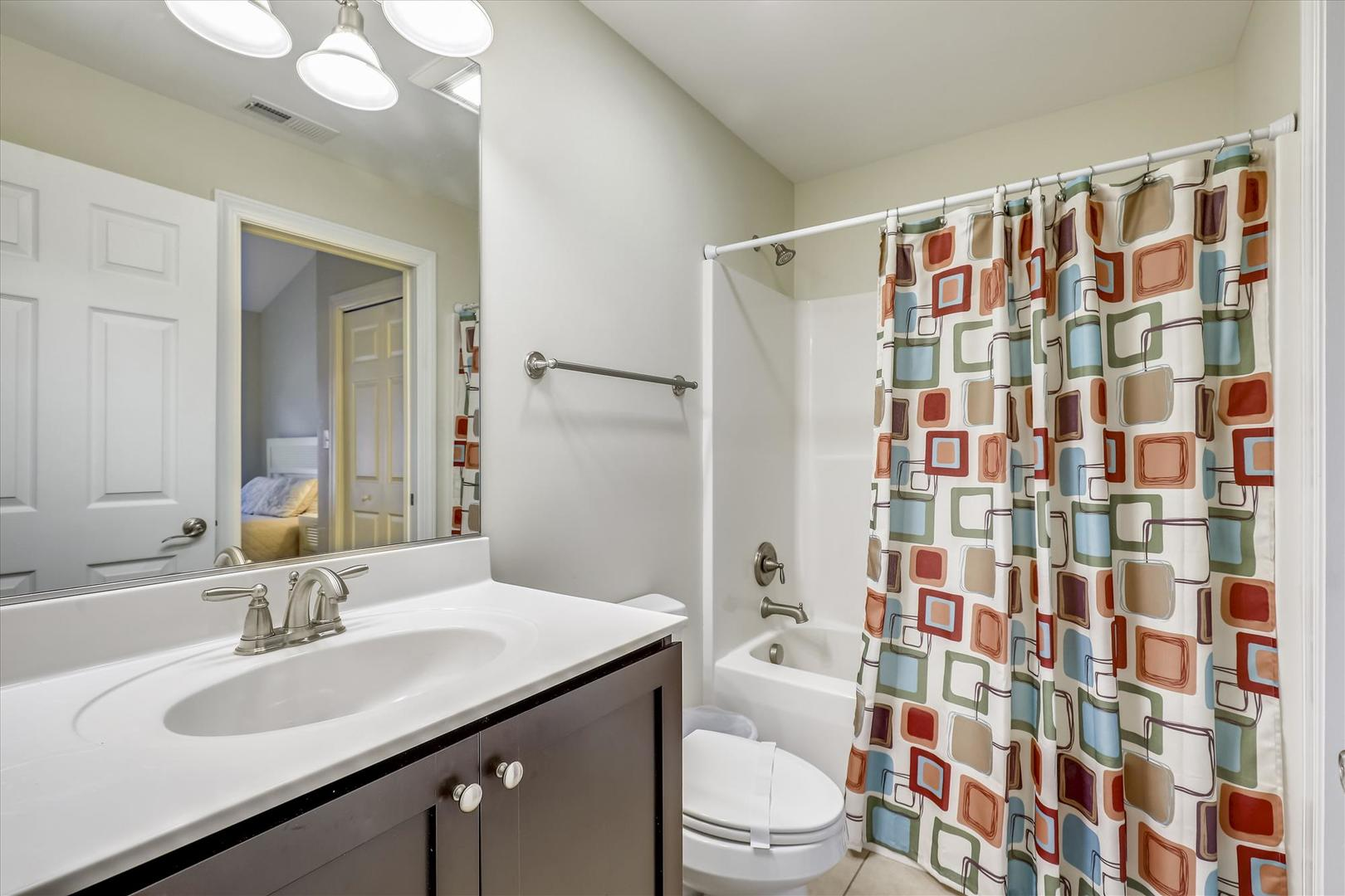 Sunburst 110 - Bathroom 2