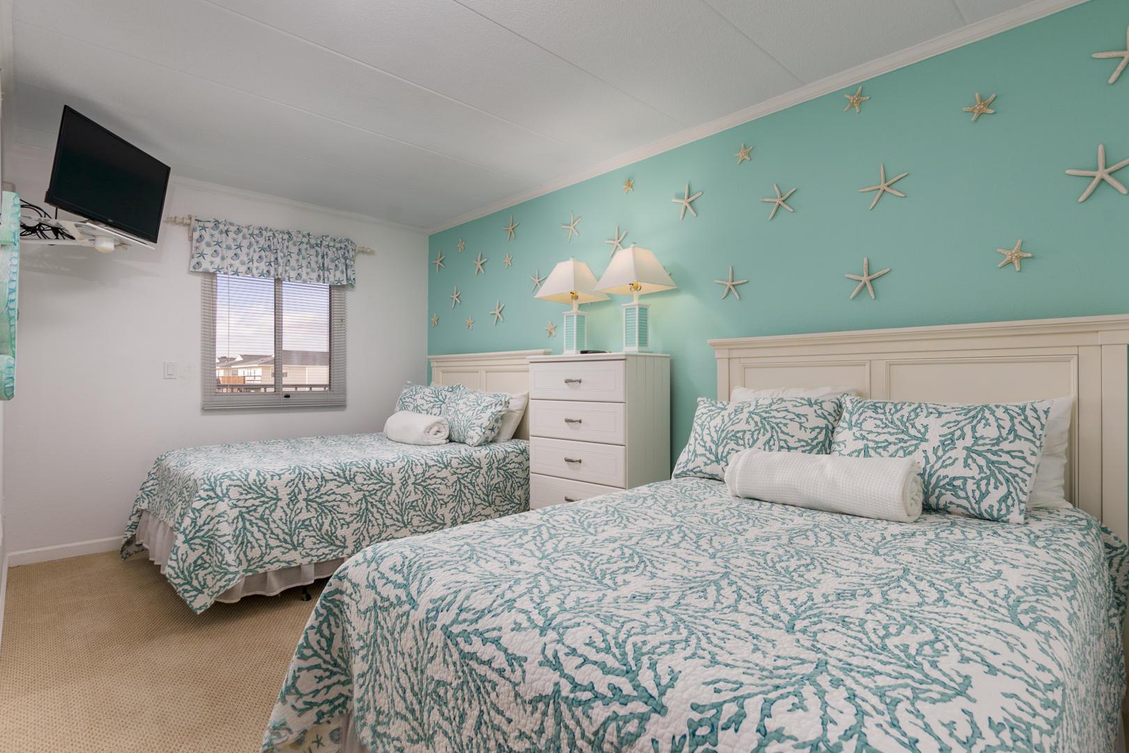 Pelican Beach 102 - Bedroom 2