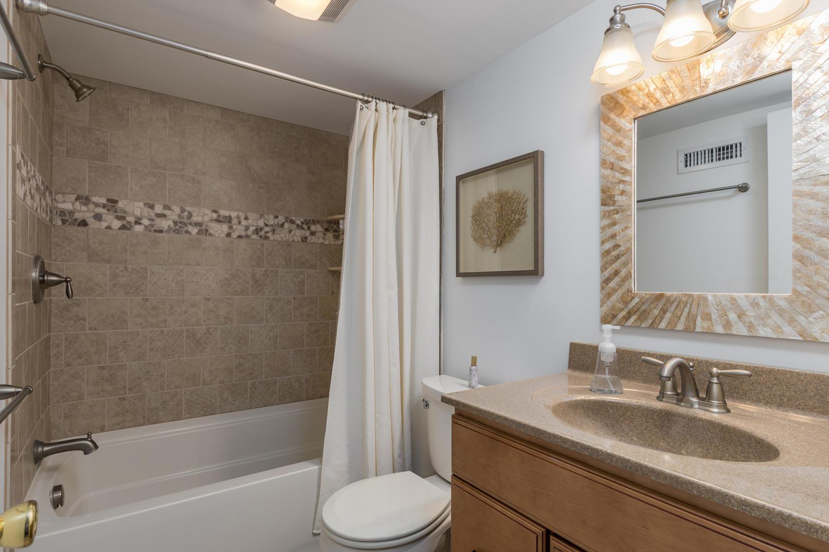 Pelican Beach 102 - Bathroom 2