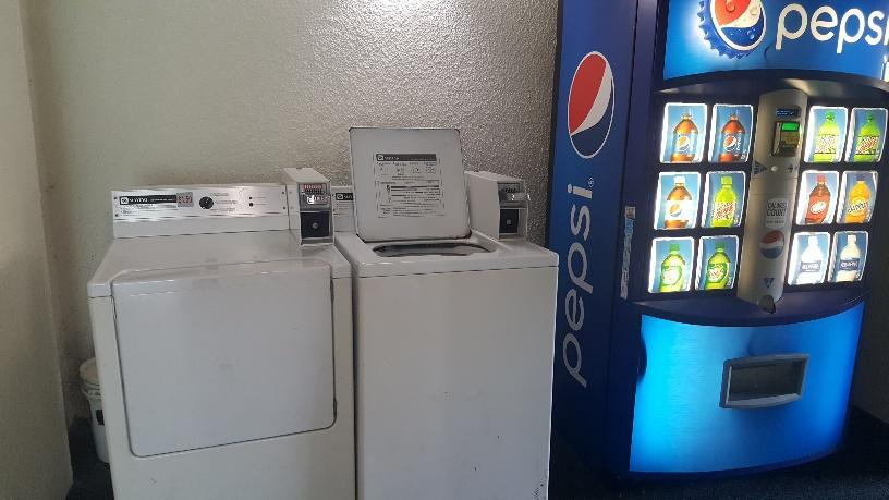 Patricia Grand Coin-Operated Laundry