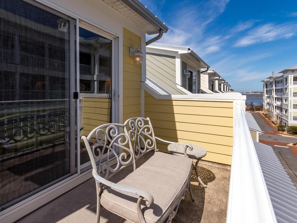 Sunset Island, 15 Canal Side Mews E - Top Floor Balcony