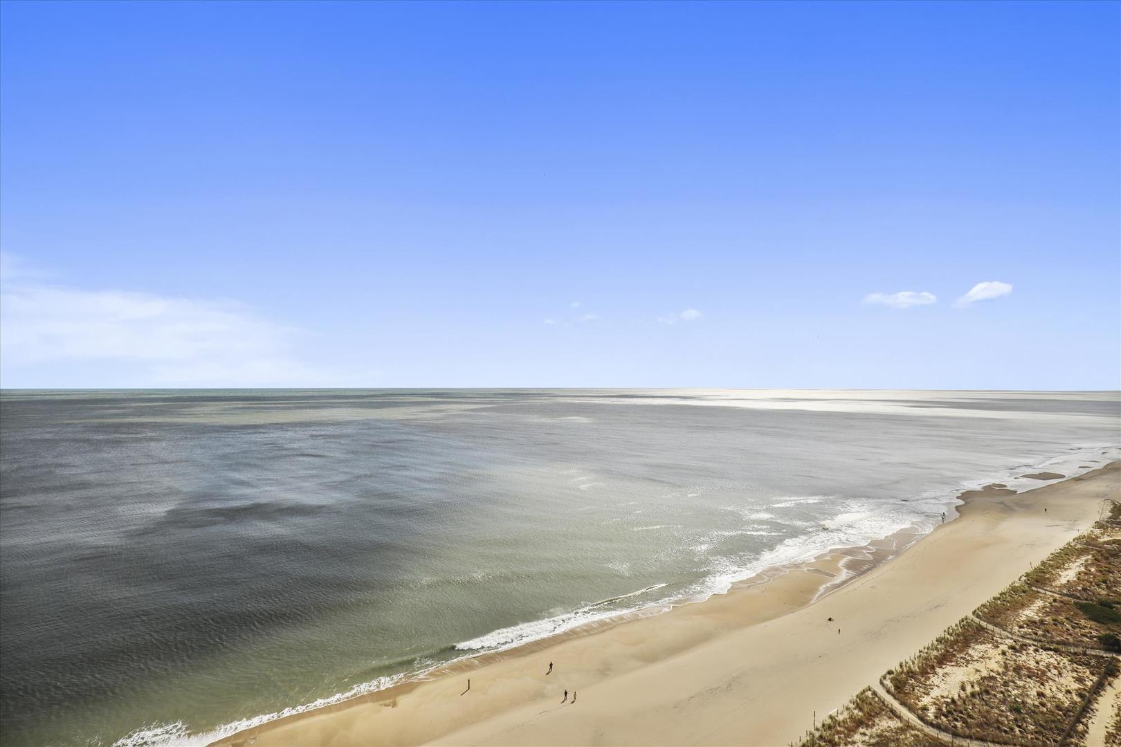 Century I 2210 - Ocean Views from Living Room Balcony