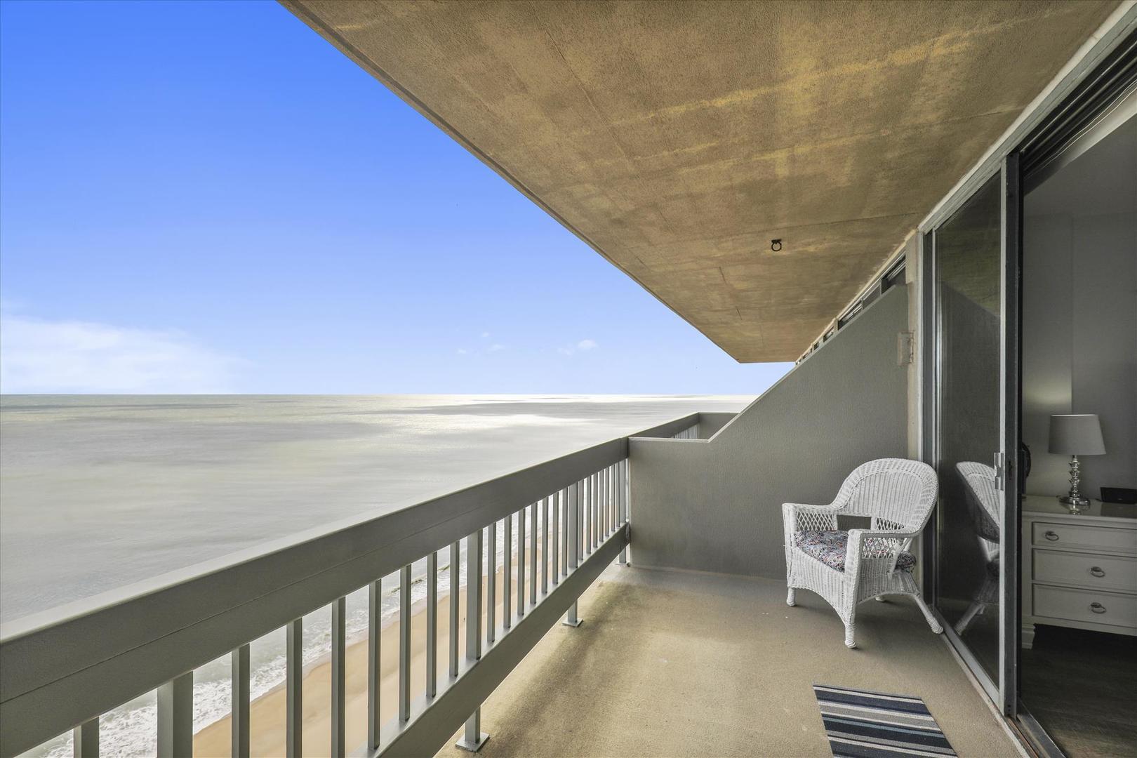 Century I 2210 - Upper Bedroom Balcony