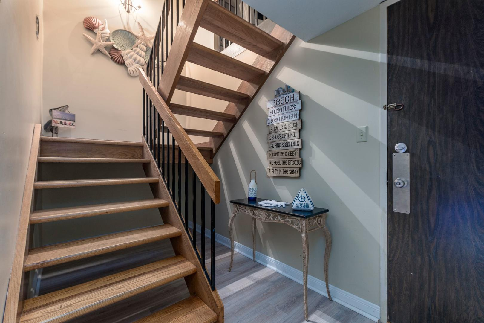 Century I 2203 - Stairs and Unit Entry