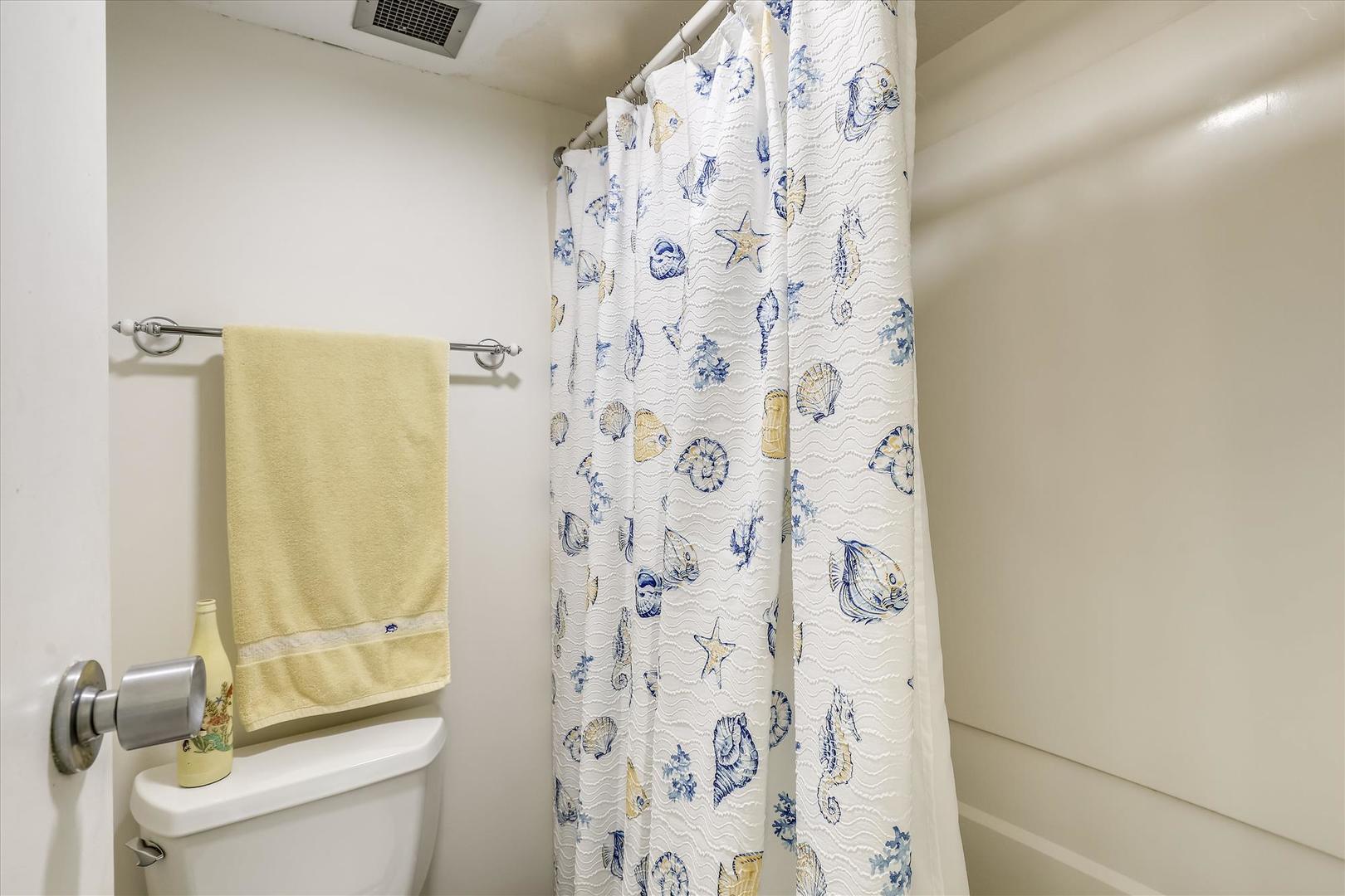 Century I 2203 - Lower Level Bathroom