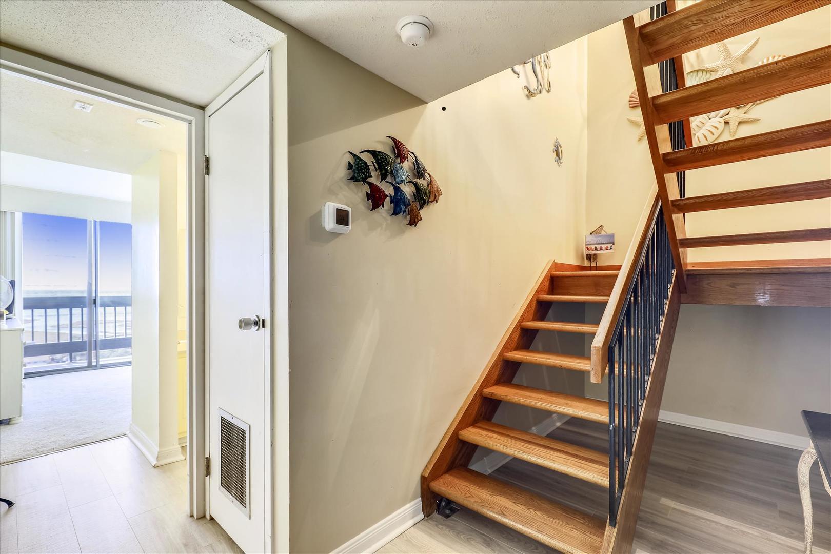 Century I 2203 - Stairs