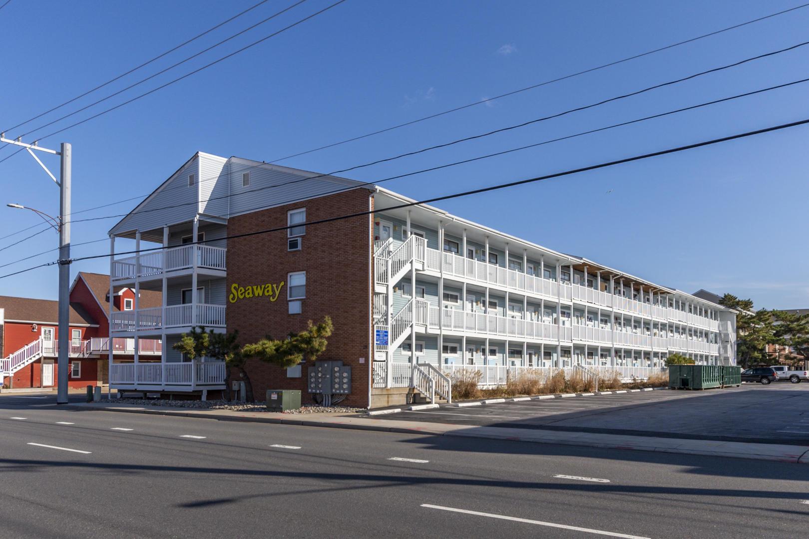 Seaway 21 - Exterior of Building