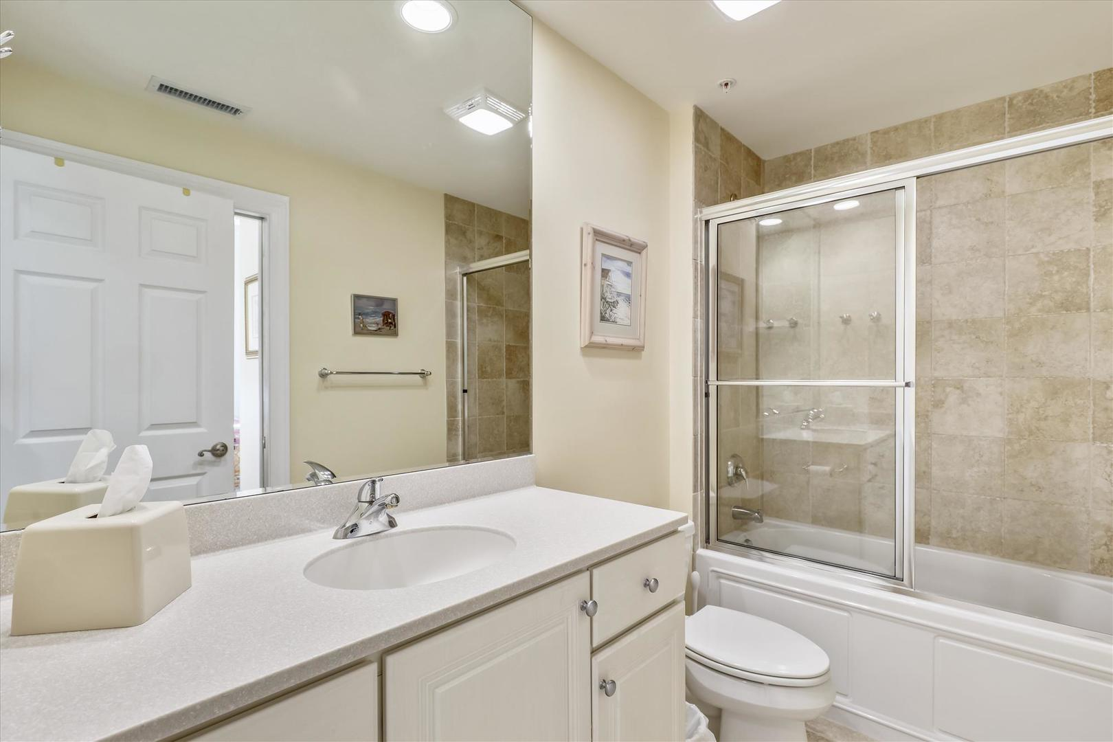 South Beach 304 - Bathroom 2