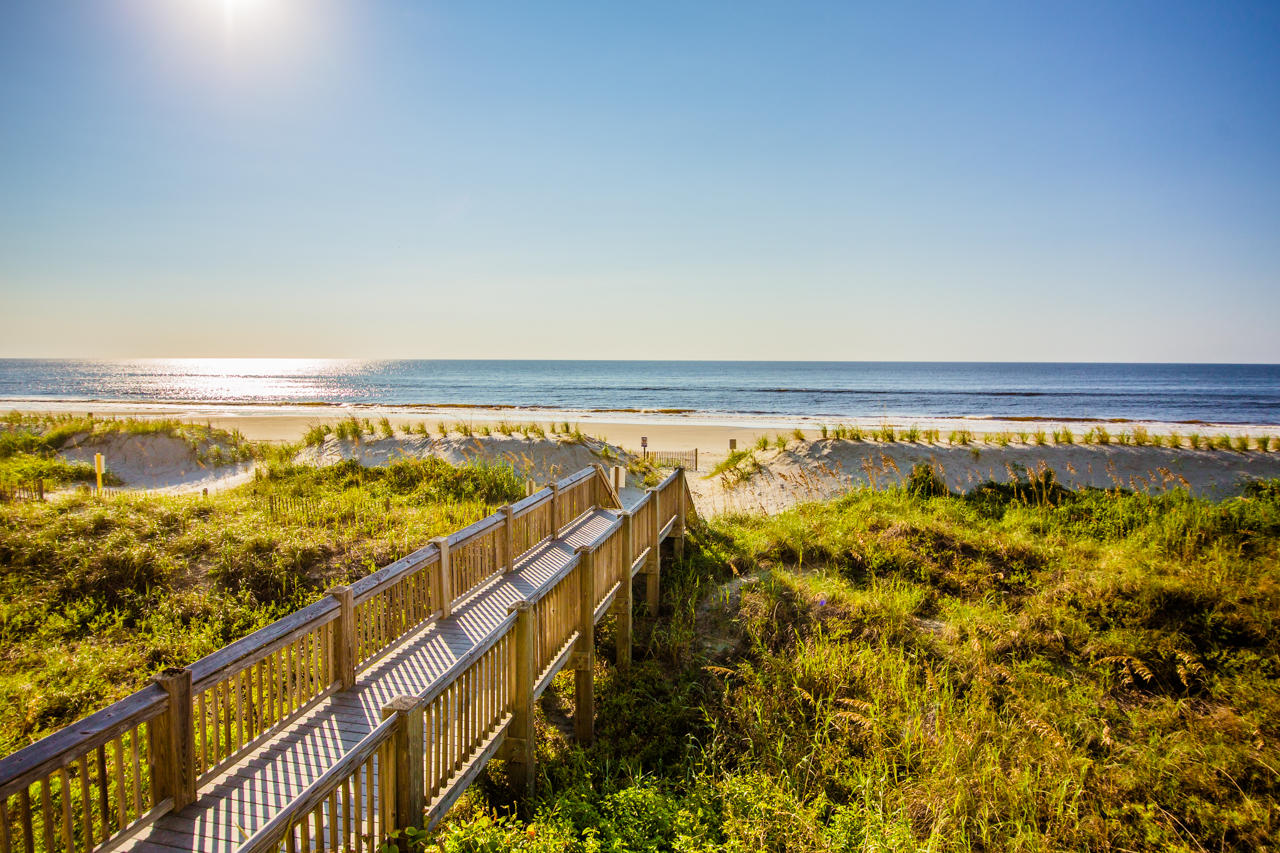 RC 1123 - Barefoot Resort Beach Walkway