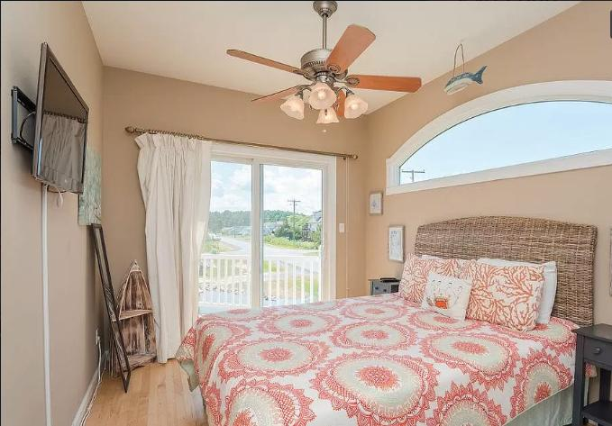10429 Norwich Rd - Second Bedroom