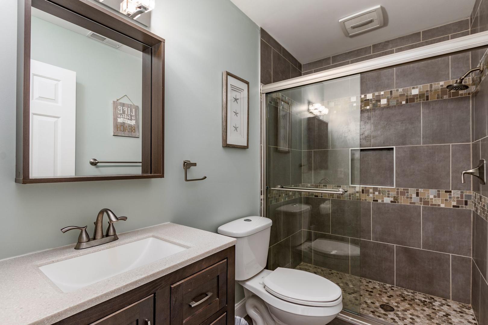 Channel Buoy Retreat - Bathroom 2