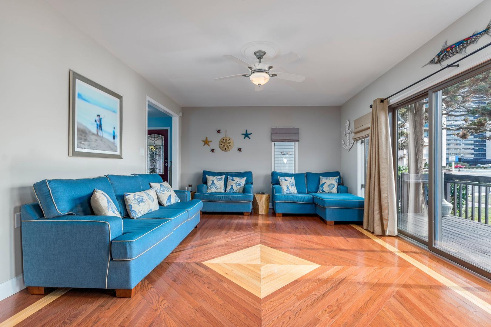 Channel Buoy Retreat - Living Room