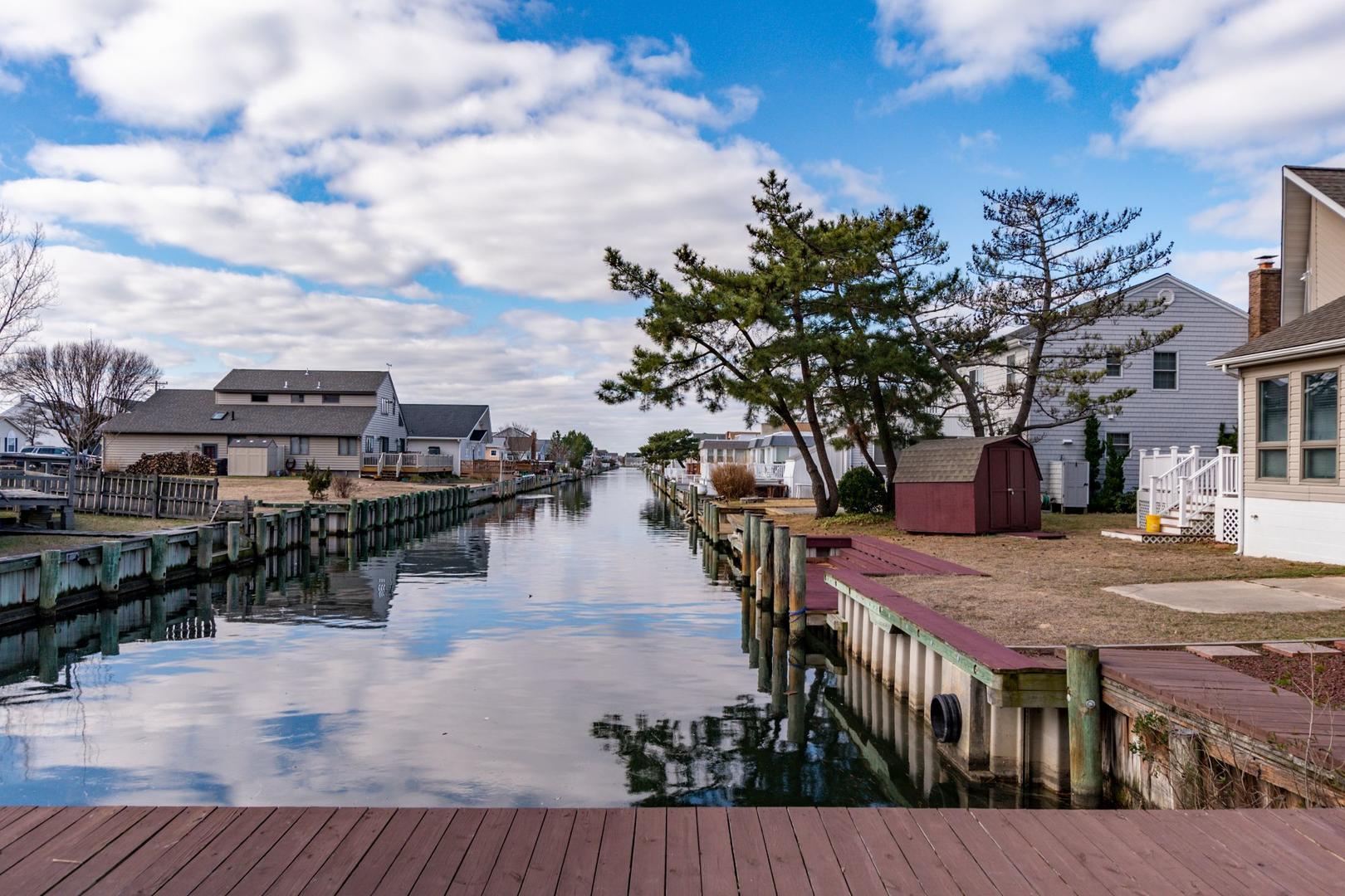 Channel Buoy Retreat - Dock Area