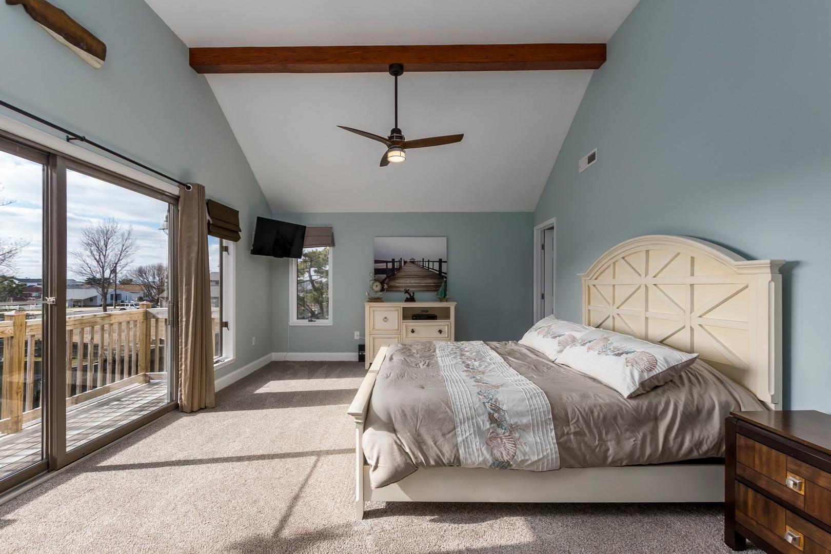 Channel Buoy Retreat - Master Bedroom
