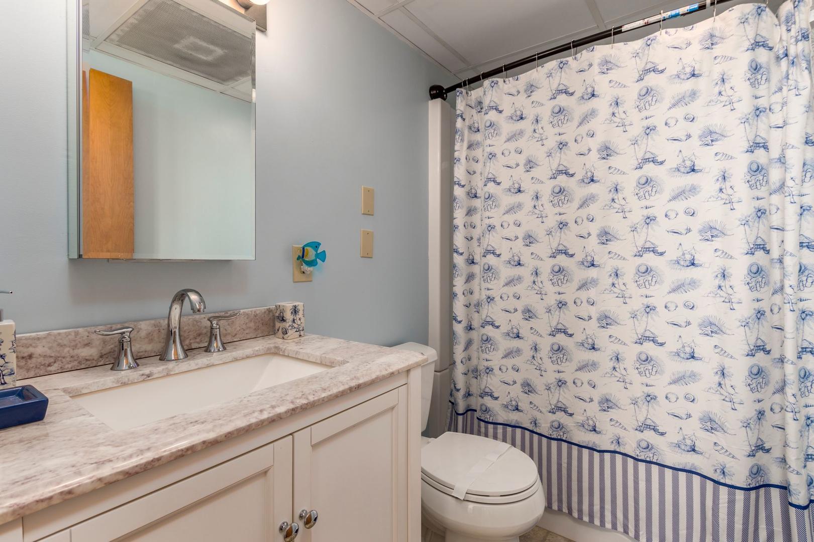 Amber Waves 101 - Master Bathroom