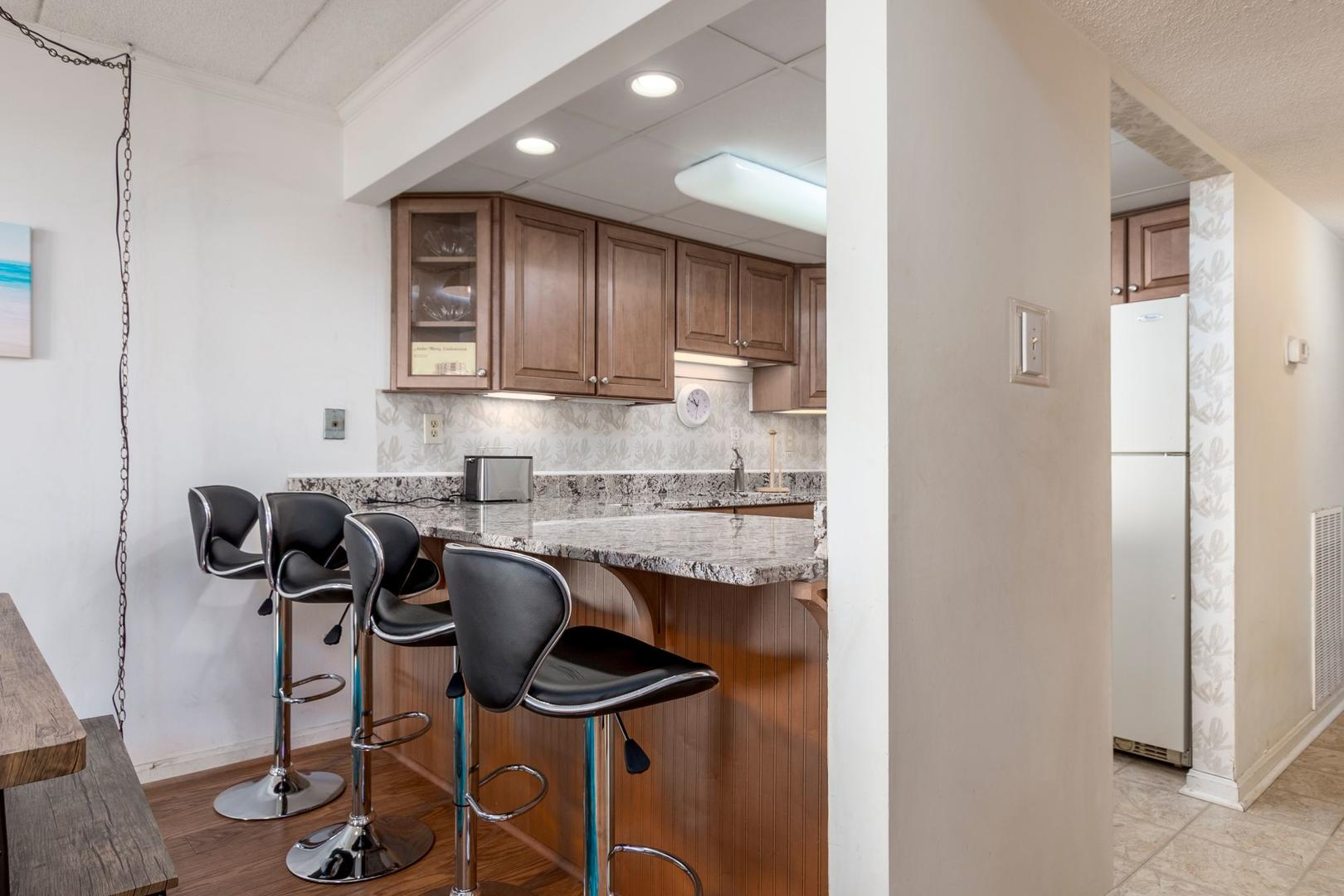 Amber Waves 101 - Renovated Kitchen