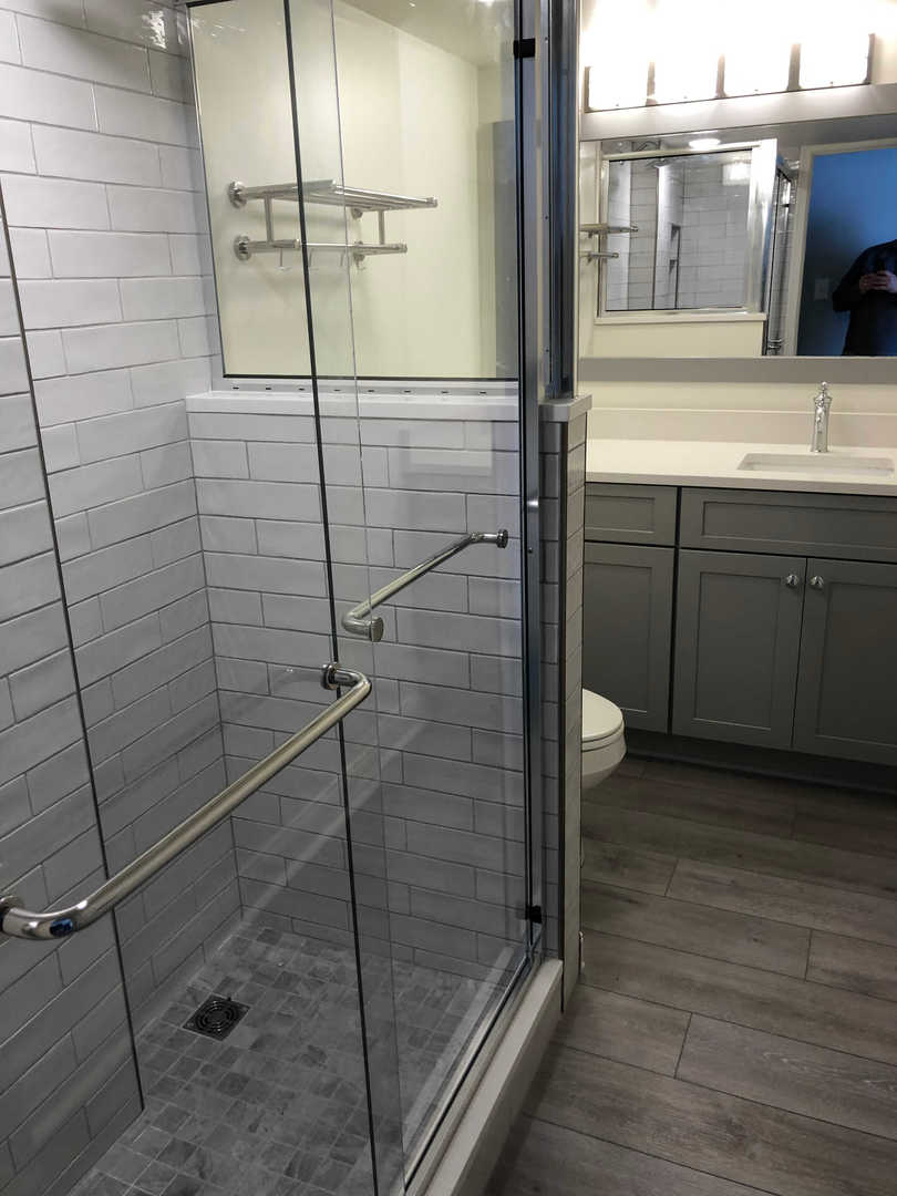 Century I 1622 - Master Bathroom