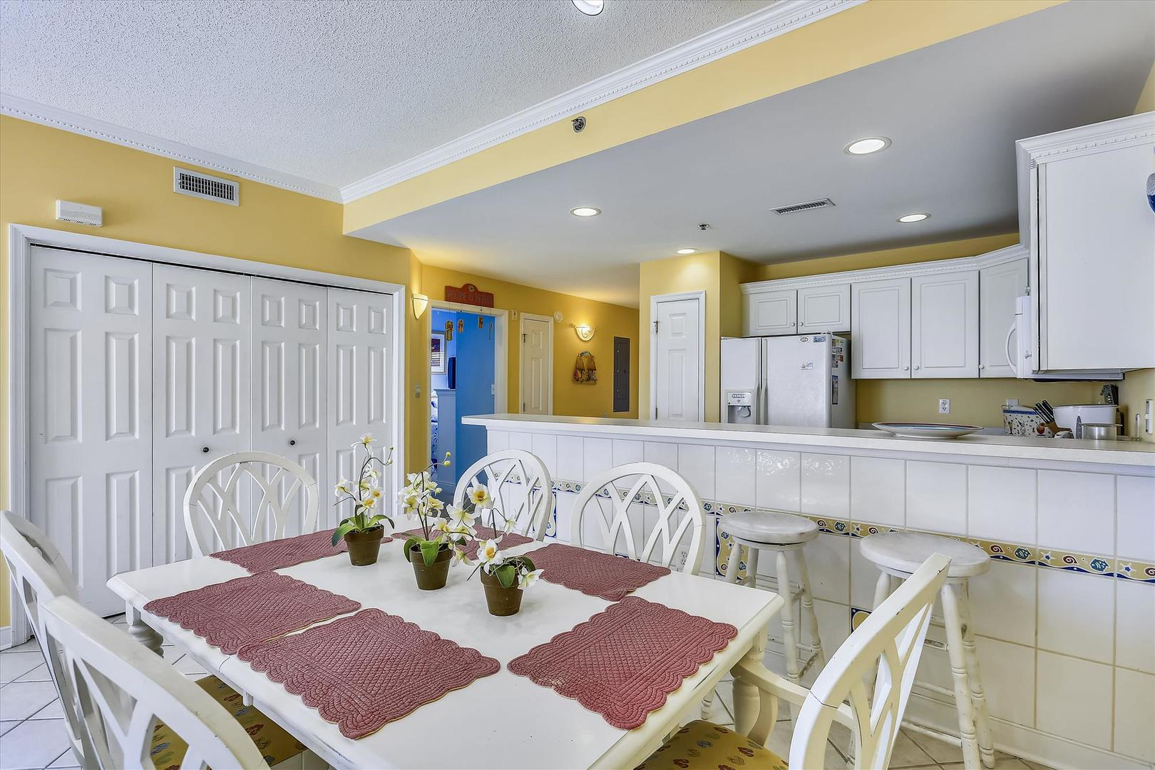 Sunset Bay II 518 - Dining Area