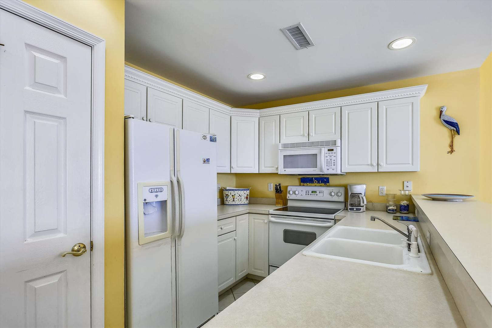 Sunset Bay II 518 - Kitchen