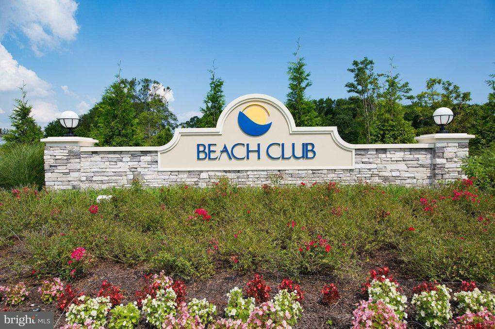Ocean View Beach Club Entrance