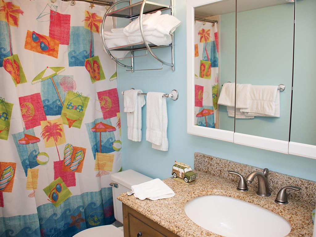 Summer Beach Second Bathroom