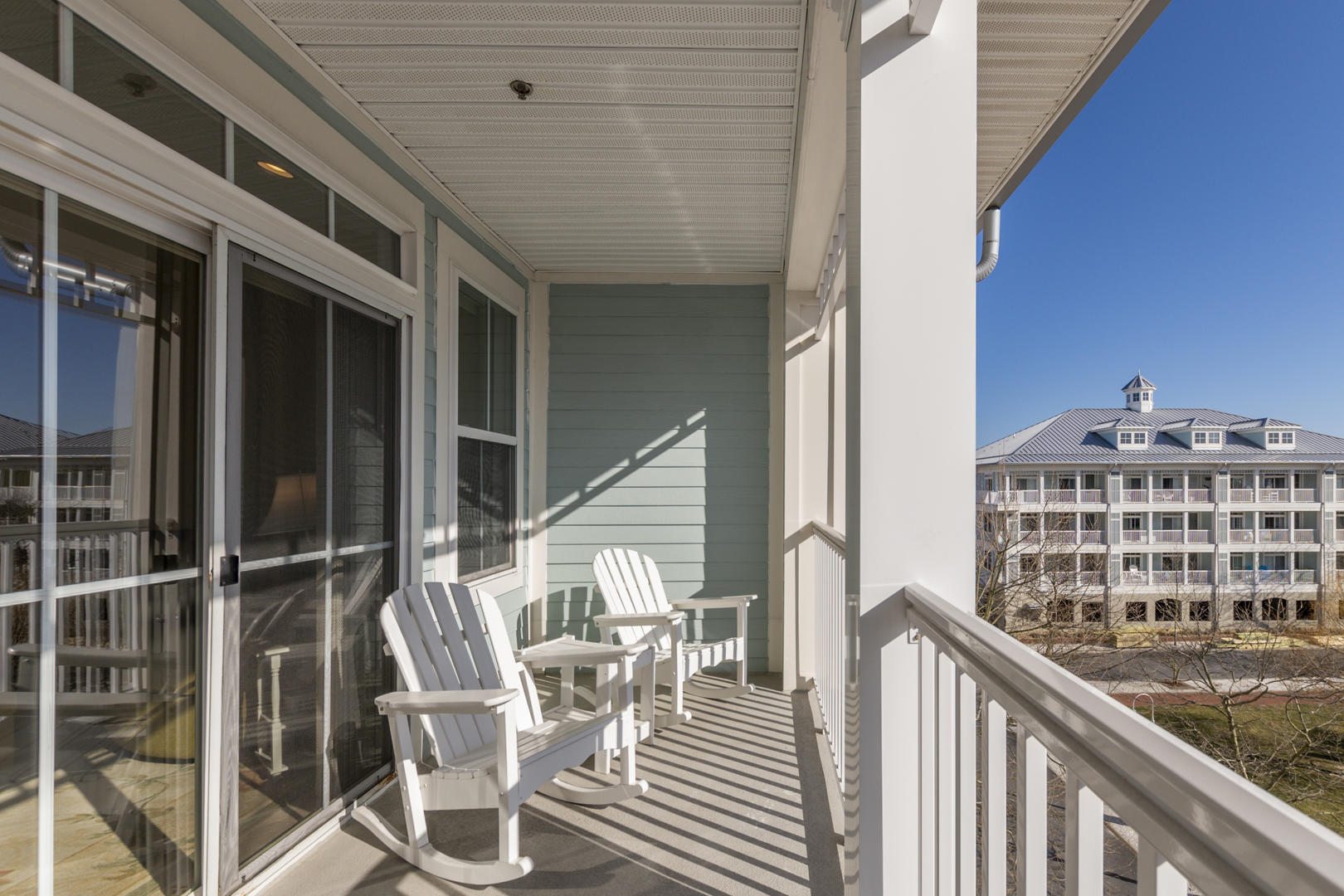 Sunset Island, 6 Sunset Island Drive, 4E - Balcony