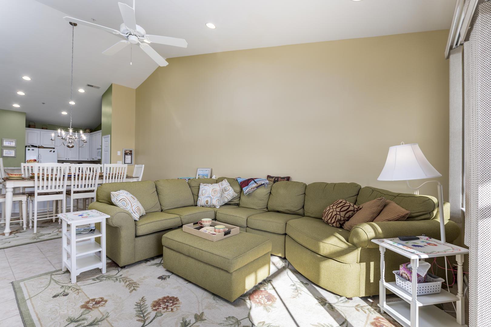 Sunset Island, 5 Sunset Island Drive, 4E - Living Room