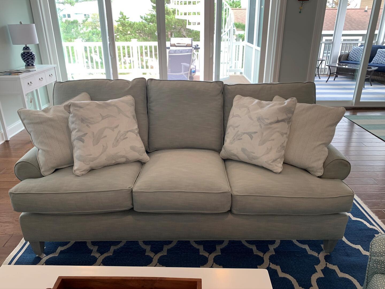 Living Room - 1611 King and Coastal