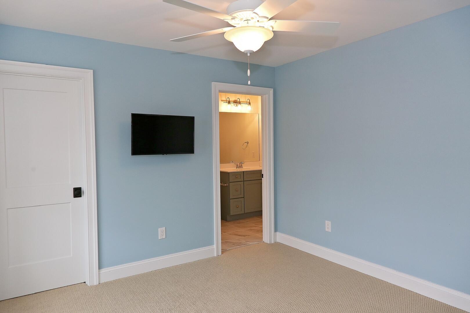 Bedroom - 1611 King and Coastal