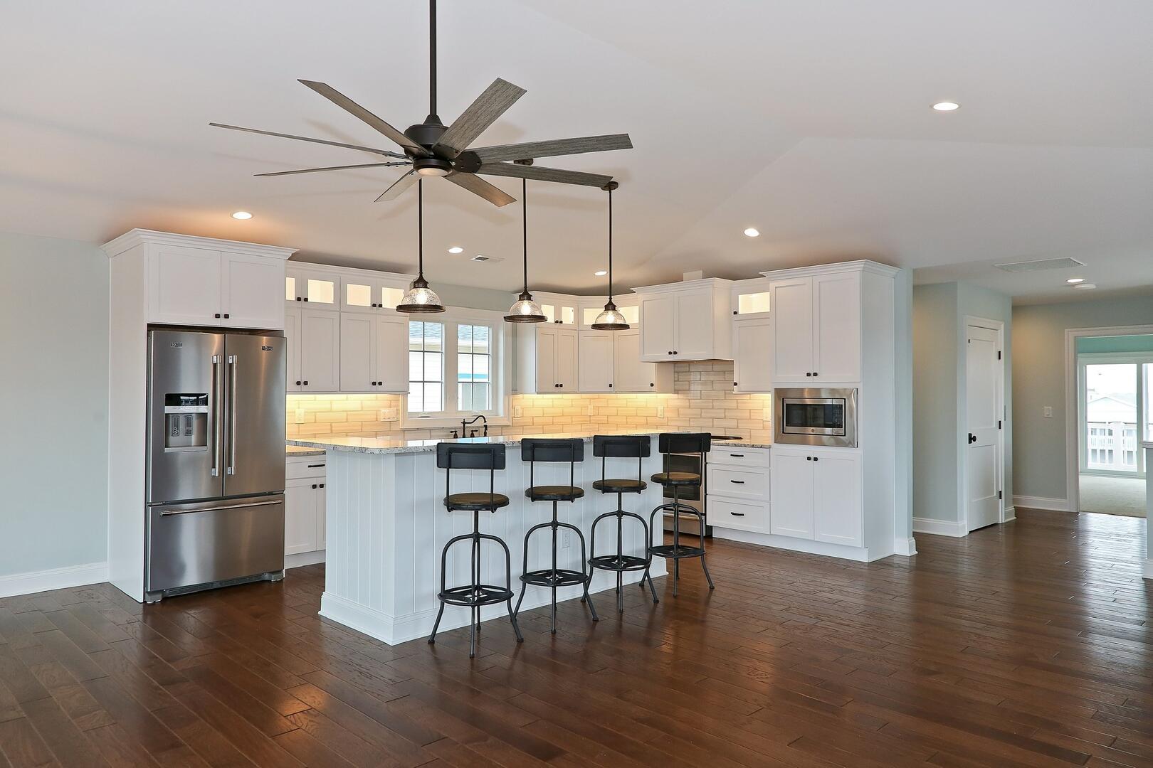Kitchen - 1611 King and Coastal