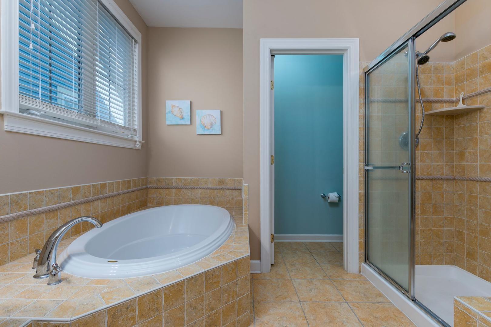Sunset Island 12 Shore Point Dr. - 3rd Floor Master Bathroom