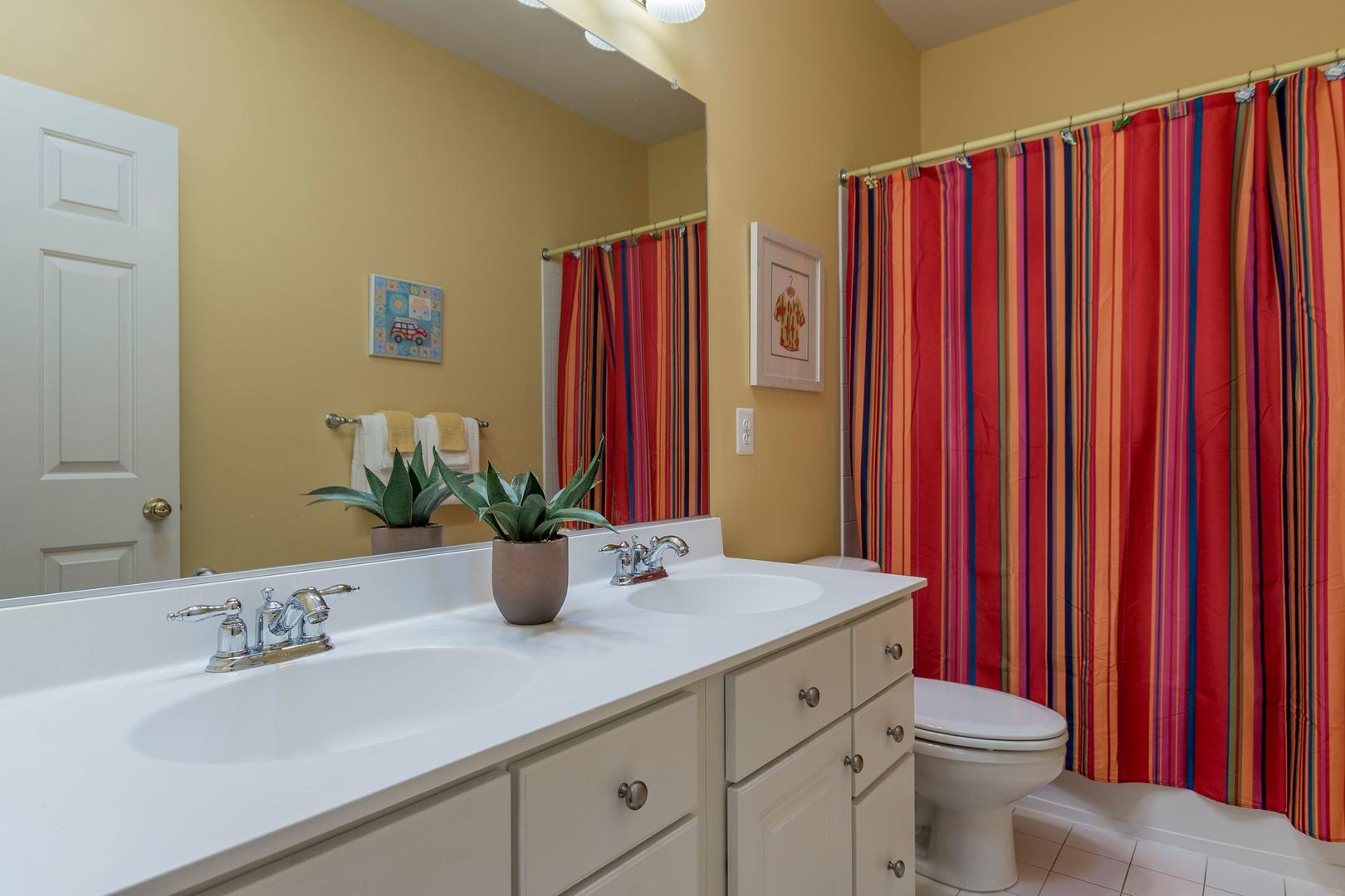 Sunset Island 12 Shore Point Dr. - Ground Floor Bathroom