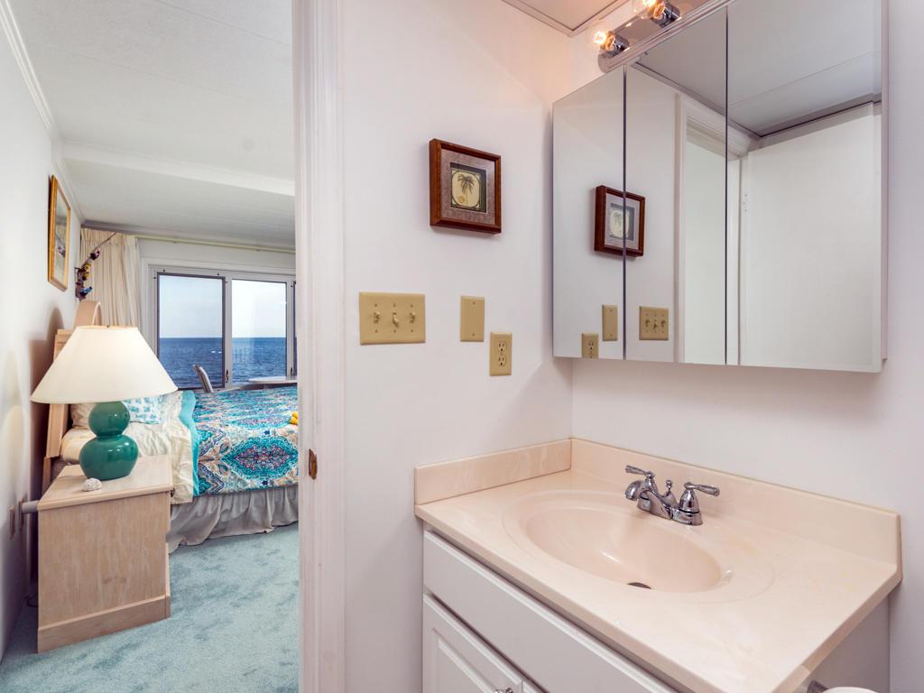 Pelican Beach, 204 - Master Bathroom