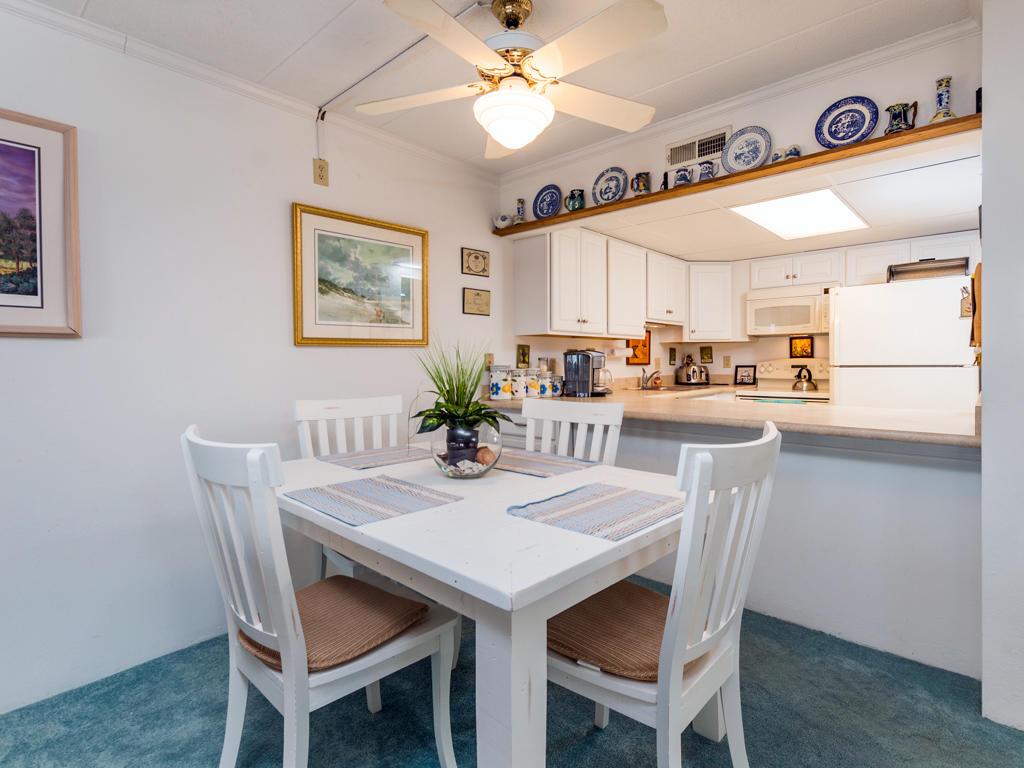 Pelican Beach, 204 - Dining Area