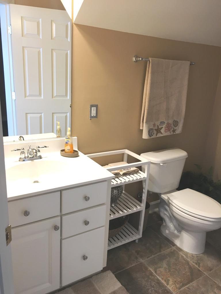 Sunset Island, 15 Fountain Drive West - First Level Bathroom