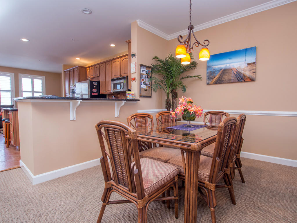 Sunset Island, 15 Fountain Drive West - Dining Area 1