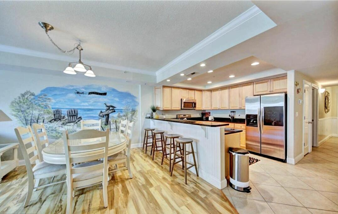 Dining Area and Kitchen - Sunset Beach 207