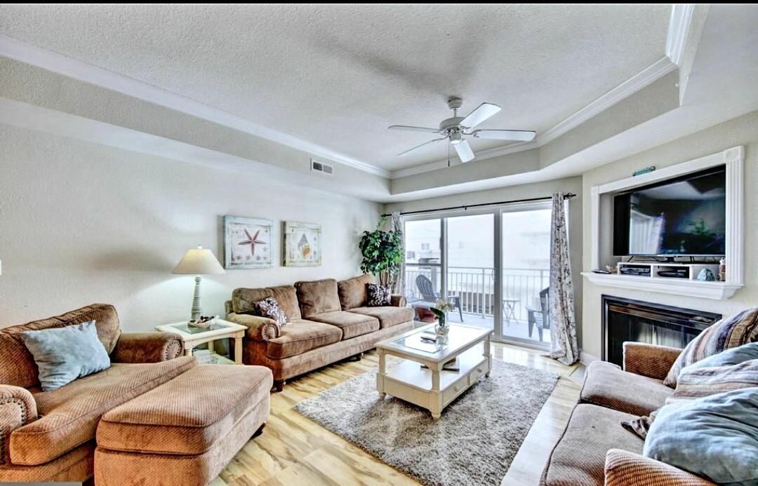 Living Room - Sunset Beach 207